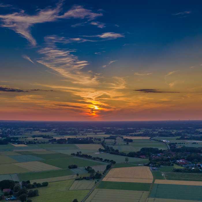 Luftbild LANAI SPA Stemmer Minden mit untergehender Sonne