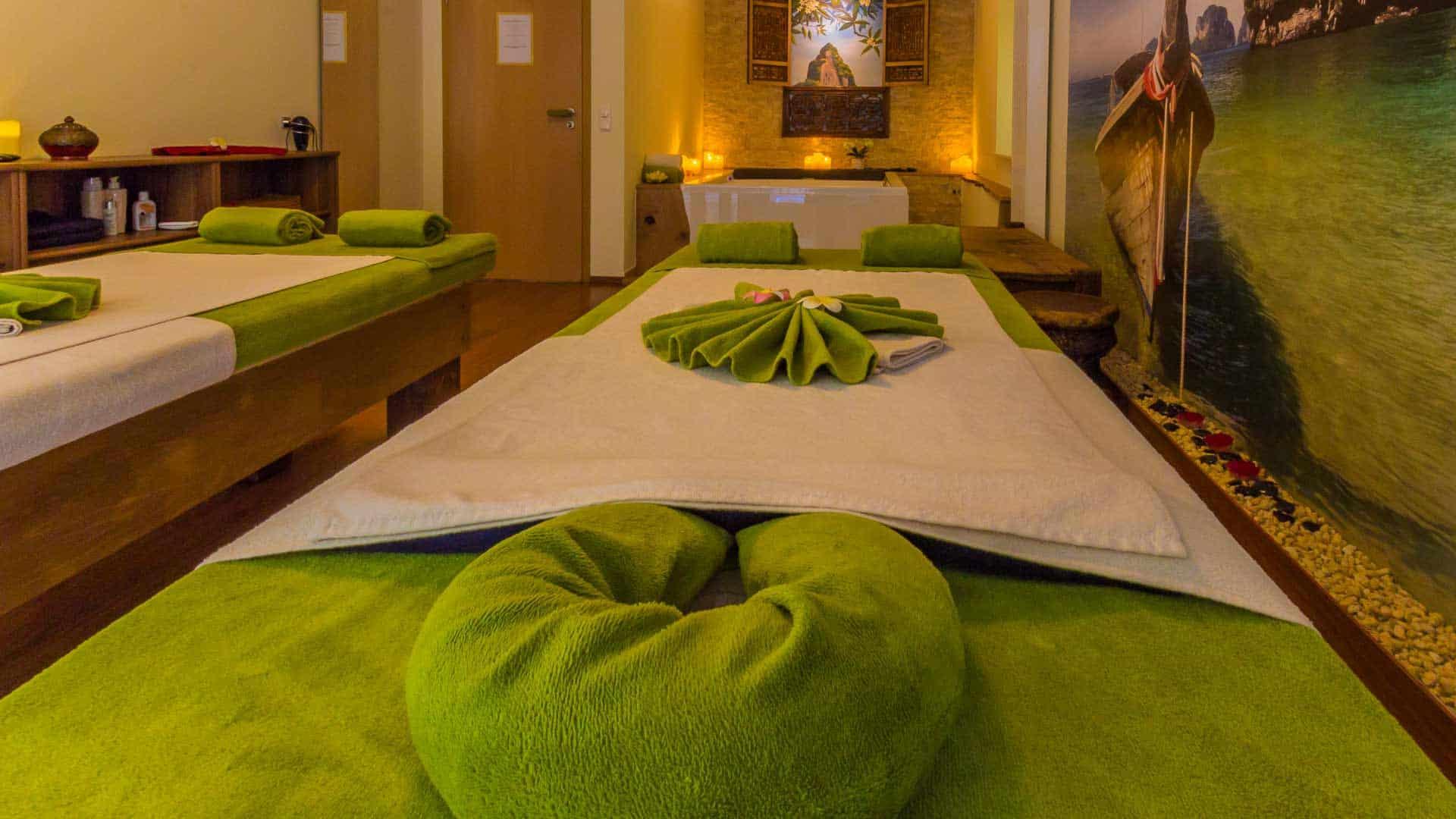 Im Partnermassage Raum werden die Massage Pakete durchgeführt. Die Pakete bestehen aus den Einzelmassagen.