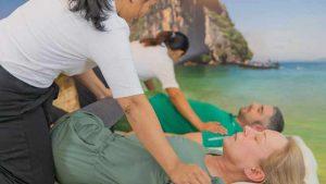 Dehnen bei der Thaimassage